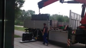 Moving the optical table